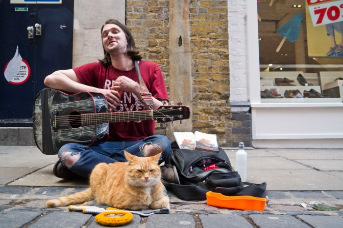 A Street Cat Named Bob Review